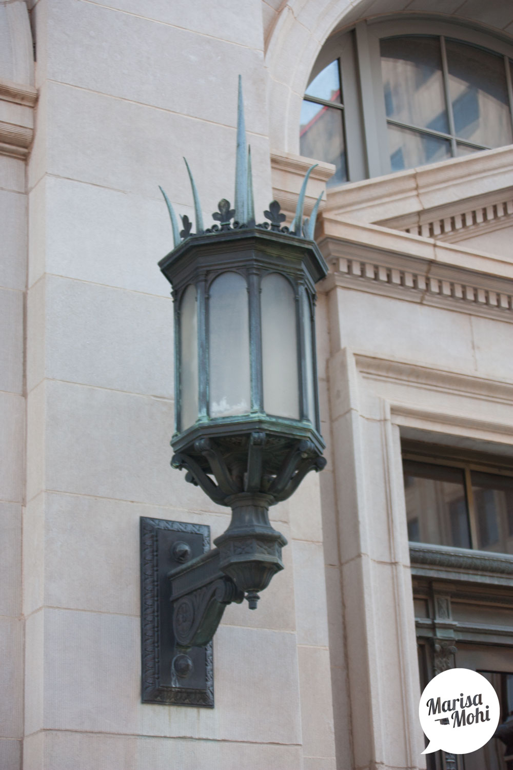 king-of-the-sconces-downtown-okc